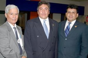 Cipriano Saldívar, Juan Carlos Castro y Mariano Briceño.