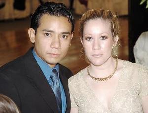 <b>30 de julio</b><p> Omar García Pámanes e Isabel Vesuña Rivero.