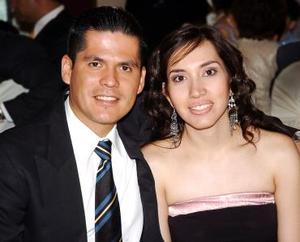 José Castellanos y Mary de Castellanos.