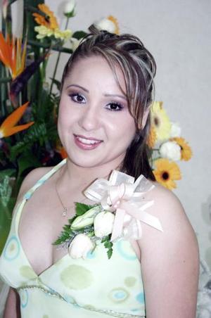 Claudia Marcela Mora Rivas fue despedida d su vida de soltera con una reunión que le organizaron sus hermanas