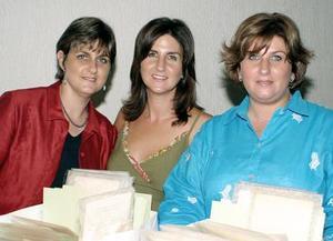 Mary Carmen, Pilar y Dely Calleja