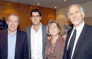 Ramón Iriarte, Ricardo Murra, Margarita Lascuráin y Juan Murra.