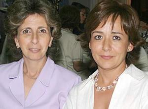 Tere G. de Giacomán y Betina E. de Giacomán.