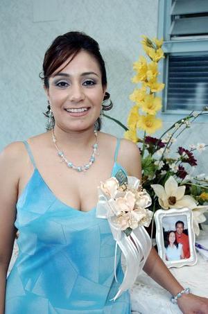 Socorro Ponce disfrutó el sábado pasado de una fiesta de despedida, con motivo de su próxima boda.