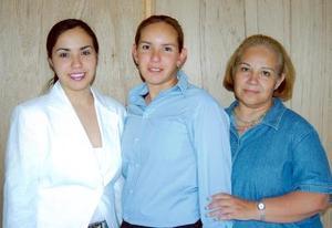 Alina Garza celebró su cumpleaños hace unos días, en compañía de Yésica y Lilia Garza