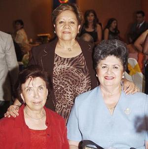 Elba de González, Lety Von Bertrab y Lupina de Zamorano.