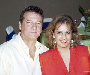 Gerard Christophe y Gina G. de Christophe.