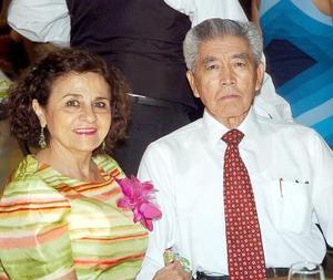 Karime y Antonio Lee