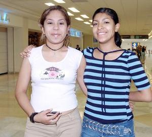 Adriana y Elena Parra viajaron a Tijuana.