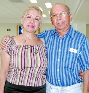 José Luis y Olga viajaron a Mazatlán.
