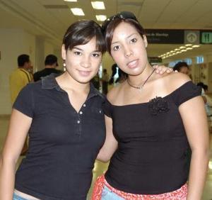 Érika Orozco y Karla Ávalos viajaron con destino a Alemania.