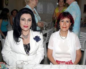 Bety del Valle de Garza e Imelda Ortiz Abdalá.