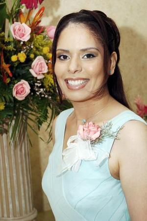 Por su cercano matrimonio con Jorge Aguilar, Rocío Elizabeth Muñoz fue despedida de su soltería.