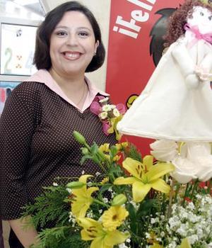 Ana Isabel Córdova de González.