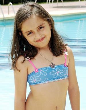 <b>06 de agosto 2005</b><p> Con una divertida fiesta, ElexaBúñez Ruiz celebró su séptimo cumpleaños