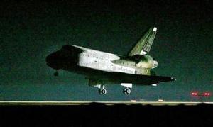 La plana mayor de la NASA también se había congregado en Cabo Cañaveral para recibir a la tripulación