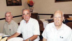 Julio González, Juan José Fernández Torres y Manuel Rodríguez Castillo.