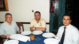 Miguel  Urtiaga Tejada, Gabriel Estrada y Omar Escobedo.