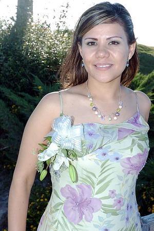 Rosa Itzel Beltrán Ríos unirá su vida en matrimonio a la de Héctor Iván Medrano Reyes, motivo por el cual disfrutó de una despedida de soltera.
