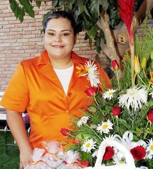 <b>07 de agosto 2005</b><p> Delia del Socorro Cabral Salazar contraerá nupcias con Rodolfo Ayala Cuéllar, y por tal motivo disfrutó de una  despedida.