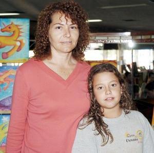 Lorena dce Murra y Lorena Murra Rivero.