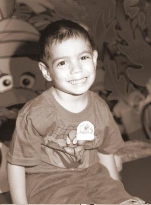Con un divertido convivio fue festejado con motivo de sus cuatro años de vida Jesús Alejandro Armijo Ramos por sus papás.