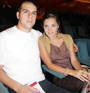 Sofía Acosta y Roberto Murra