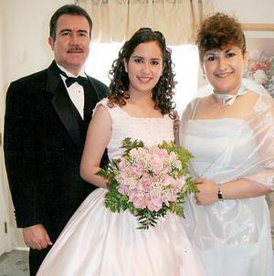 Priscila Sotomayor Medina celebró su cumpleaños recientemente, con un agradable festejoque le organizaron sus papás.