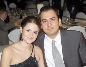 <b>08 de agosto 2005</b><p> Enrique García Murra y Dora Alicia de García.
