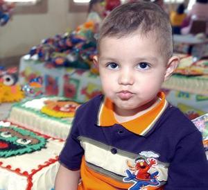 José Alfonso López fue festejado al cumplir dos años de edad, por su mamá María Elena López.