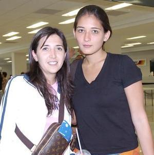 Mariana Arévalo y Yéssica González viajaron a la Ciudad de México.