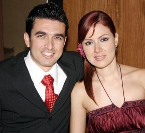 <b>10 de agosto 2005</b><p> Alberto Rosales y Karla Zuñiga.