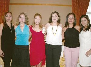 <b>11 de agosto 2005</b><p> Marissa Ramos Valles, Paty Arredondo, Alma Karina Lara de Gloria, Raquel Peralta y Cristina Cervantes.