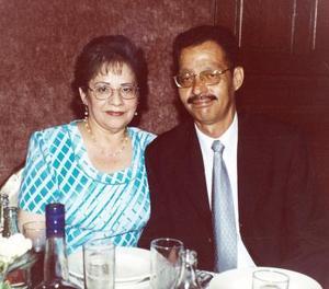 María Margarita Pámanes de Lozano y Óscar Alfonso Lozano Ríos.