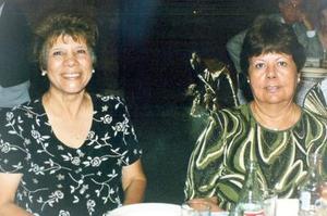 Cony Ríos Acosta y Emilia Landeros Dávila.