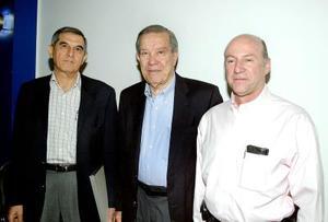 Eduardo Murra, Ramon Iriarte y Salvador Jalife..