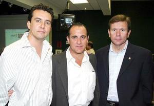 Fernando Máynez, José Ángel Fernández y Carlos González..