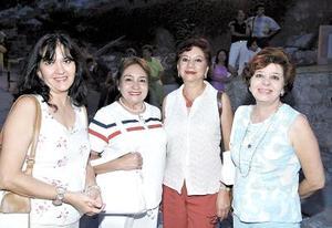 Cristina Sánchez, María Elena Medina , Rosalinda Valle y Carola Sánchez.