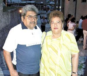 José Luis Grijalva y Rita Cardona de Grijalva.