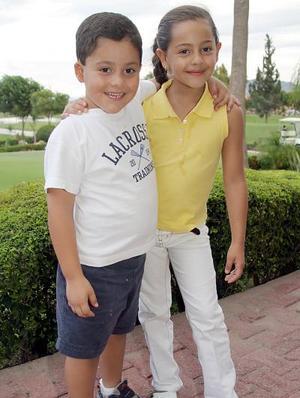 Mauri Albéniz Gómez e Ivanna Acuña Gómez.