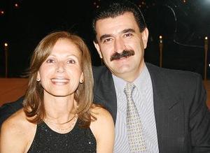 Laura de Alonso y Carlos Alonso.