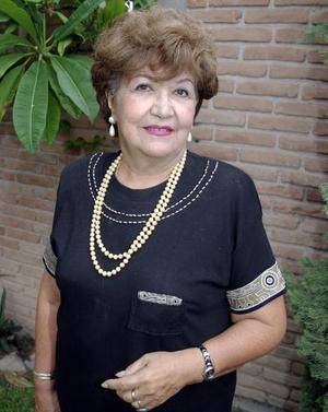 Alfonsina Cruz de Morales, en su fiesta de cumpleaños.