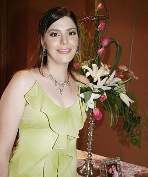 Verónica Macías Morales fue despedida de su soltería en días pasados.