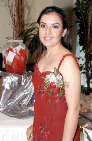 <b>17 de agosto 2005</b><p>  Itziar Frías Macías disfrutó de una fiesta de despedida de soltera en días pasados.
