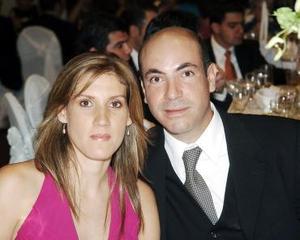 Cristina Garza y César Enríquez.