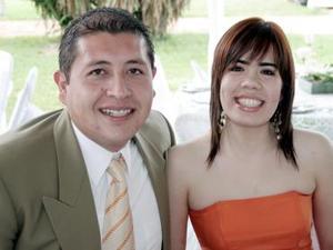 Eliseo de la Cruz y Mayra Carrete.