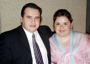 <b>17 de agosto 2005</b><p> Ramón Romero y Gabriela de Romero.