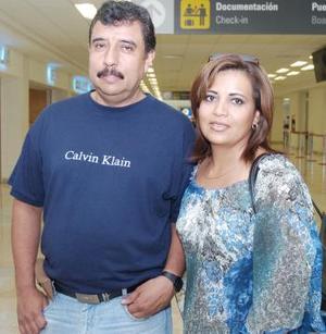 Jesús Avelar y Cecilia Meraz, viajaron a Durango