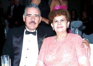 Elva Villezca y Raúl Valdez.