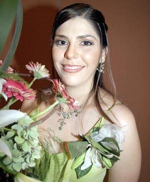 <b>19 de agosto 2005</b><p> Verónica Macías Morales, captada en su despedida.